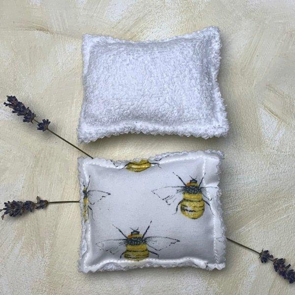 Bee Kitchen Unsponge - White back